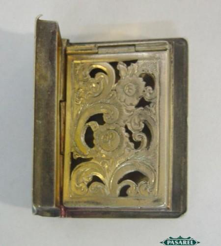Pasarel Victorian Sterling Silver Book Shape Vinaigrette